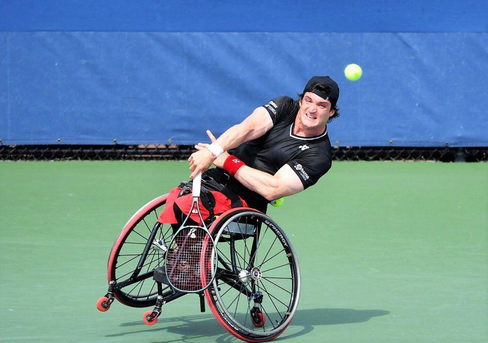 El tenista se incorporó al equipo de atletas de todo el mundo que Toyota está apoyando en su camino a los Juegos Olímpicos y Paralímpicos que tendrán lugar este año en Japón. Gustavo empezó a jugar al tenis a los 6 años