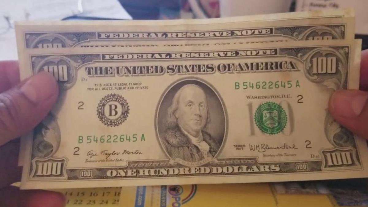 ¿Por qué pagan menos los dólares cara chica?