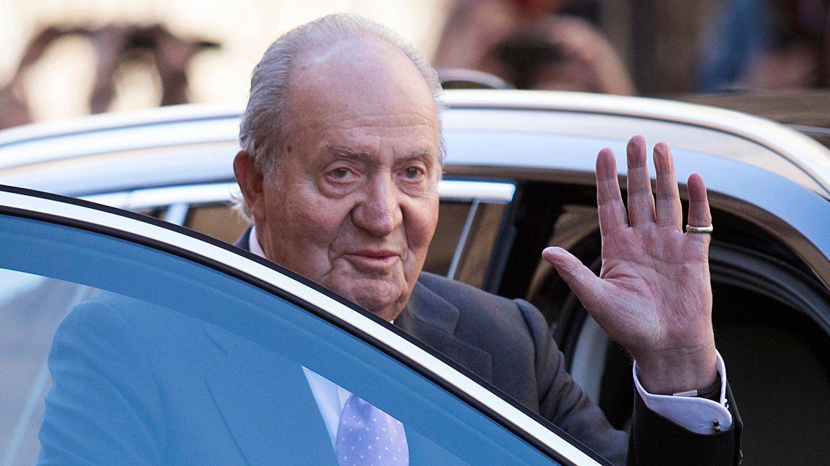Acosado por los escándalos, Juan Carlos dejó España y ya estaría en República Dominicana