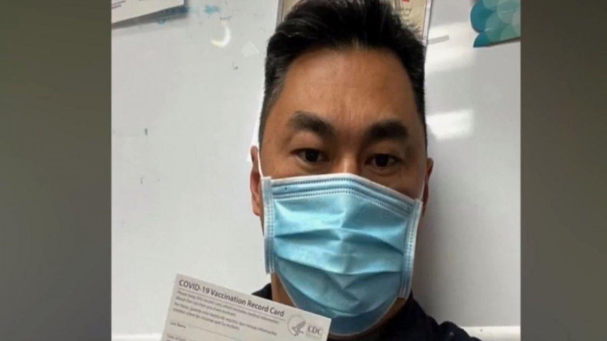 Un enfermero en California se contagió de Covid-19 luego de ser vacunado