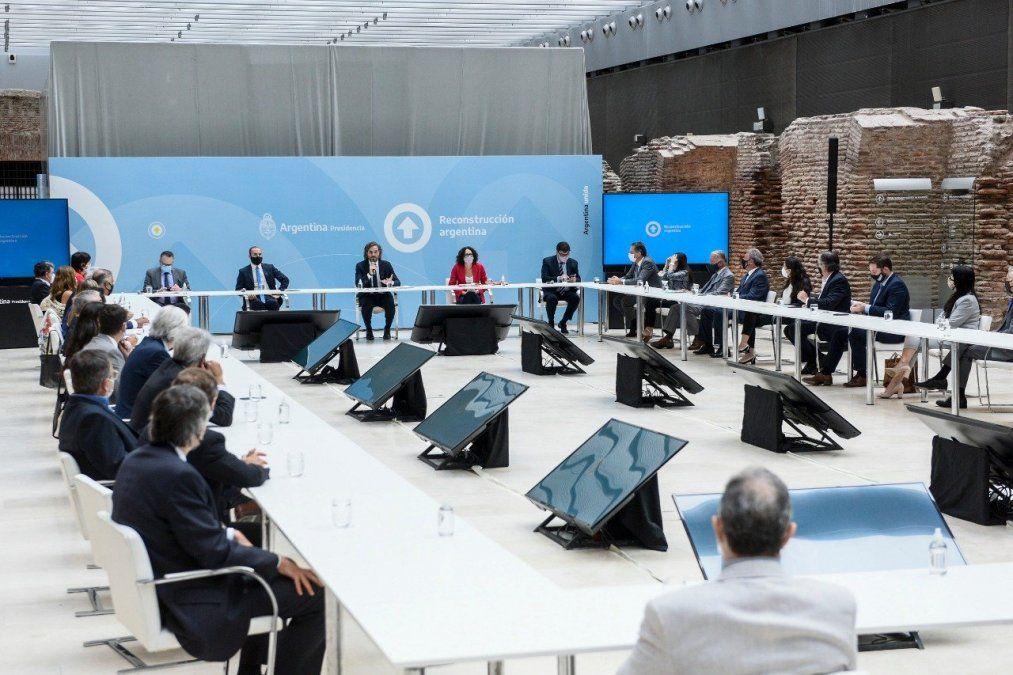 Gobierno y empresarios: el acuerdo sobre la inflación, cadenas de valor y el sorpresivo aplauso a Martín Guzmán