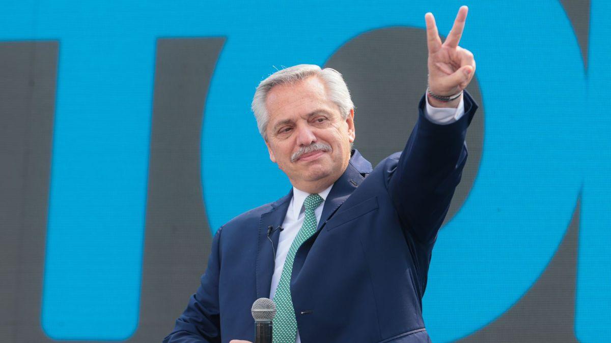Alberto Fernández enfrenta su primer examen electoral este domingo con las PASO 2021. ¿Adónde y a qué hora votará? (Foto: Telam).