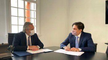 Alberto Fernández recibió al ministro de Educación, Nicolás Trotta en Olivos: Analizan una presencialidad administrada de las clases para después del 30 de abril en todo el país.