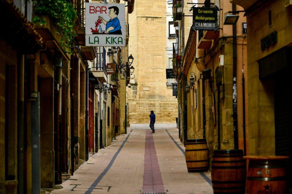 El gobierno español endurece los controles y limita la libertad de movimiento en todo su territorio
