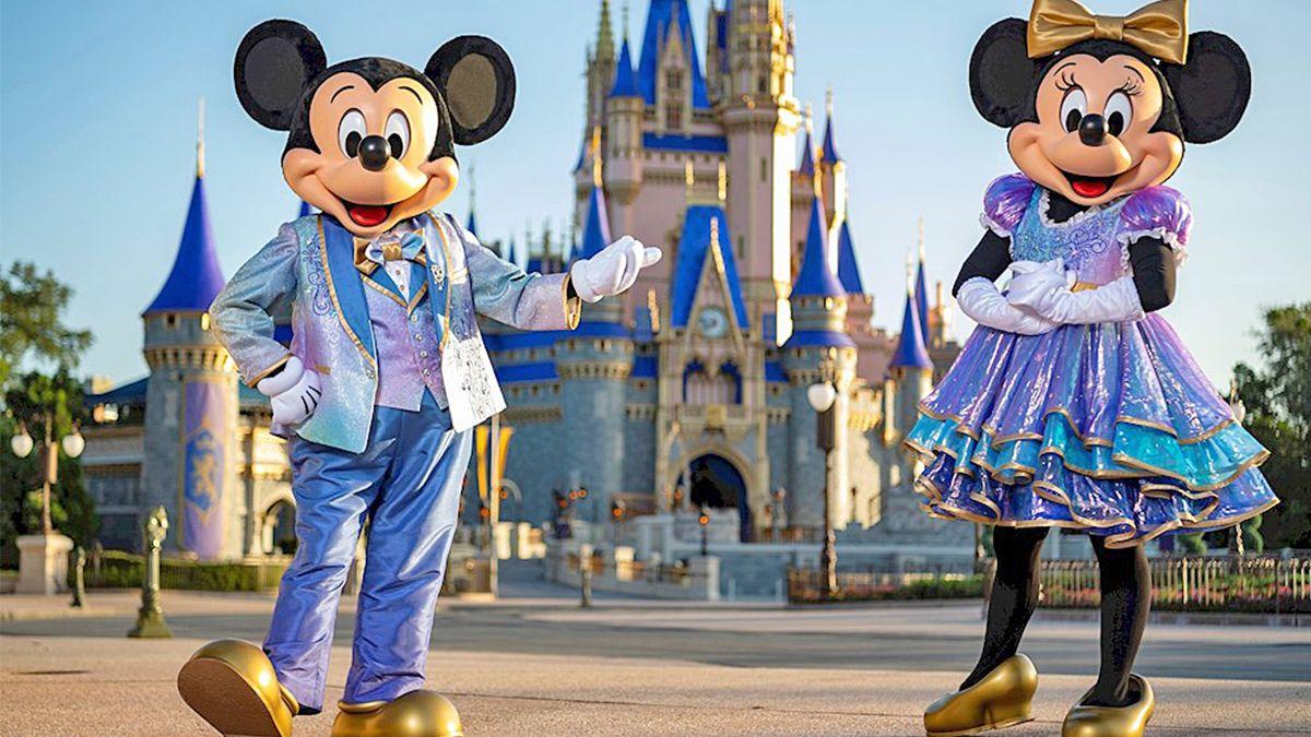Increíble: ¿Por qué no hay espejos en los baños de Disney?