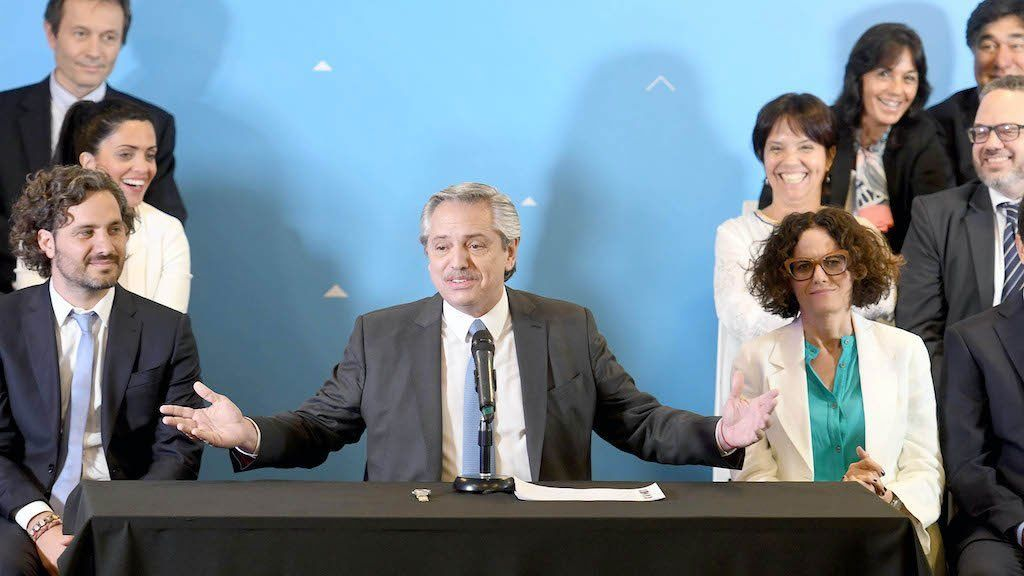 Alberto Fernández define cambios de Gabinete tras pedir las renuncias a los funcionarios que son candidatos. ¿Quiénes están en la mira y quiénes serán sus reemplazos? (Foto: Archivo)