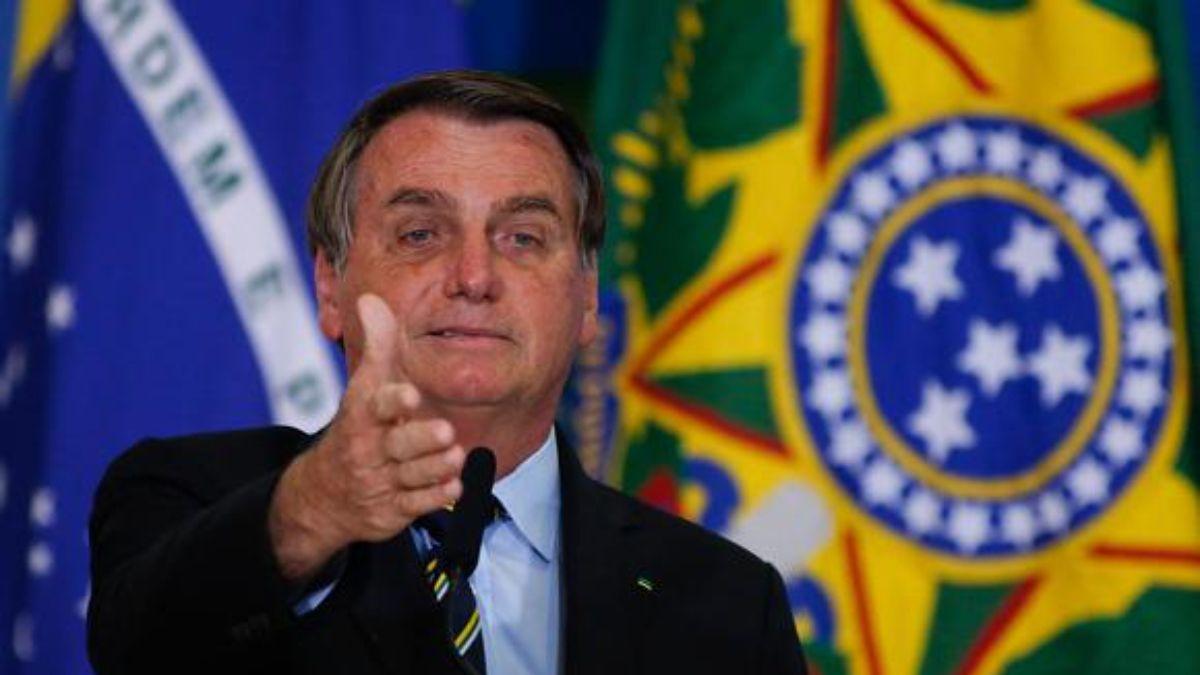 La teoría conspirativa de Jair Bolsonaro: Los argentinos están escapando hacia Brasil