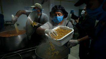 La FAO advierte que la pandemia aumentará el hambre y la pobreza en la región. El agro, estratégico