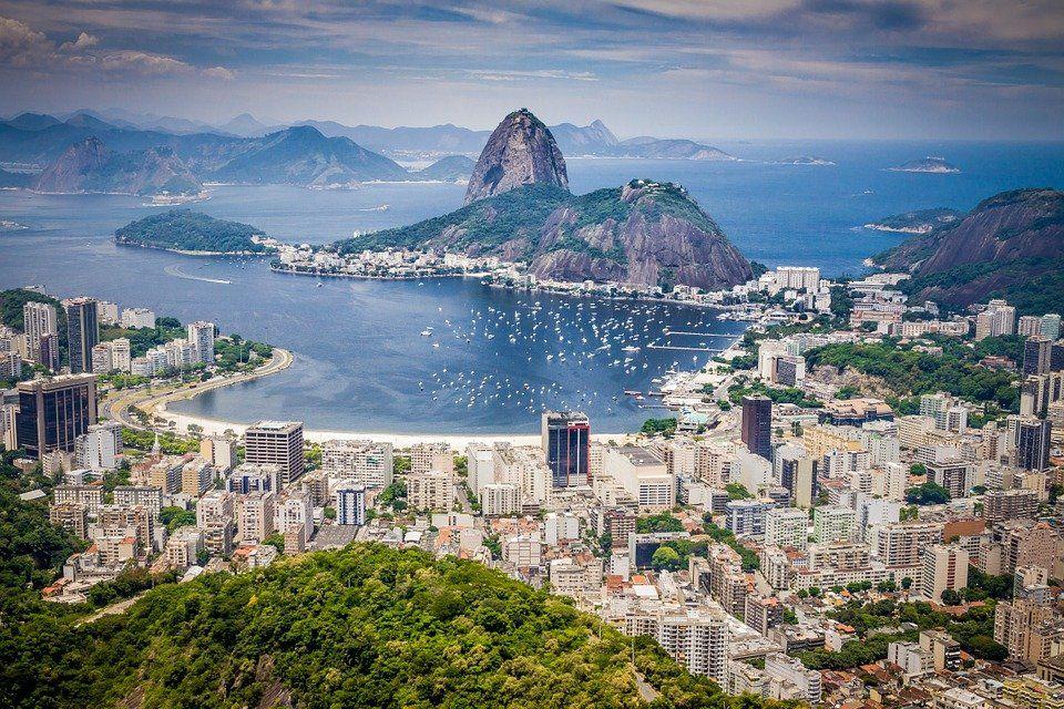 Brasil pide que Argentina elimine el Impuesto País.