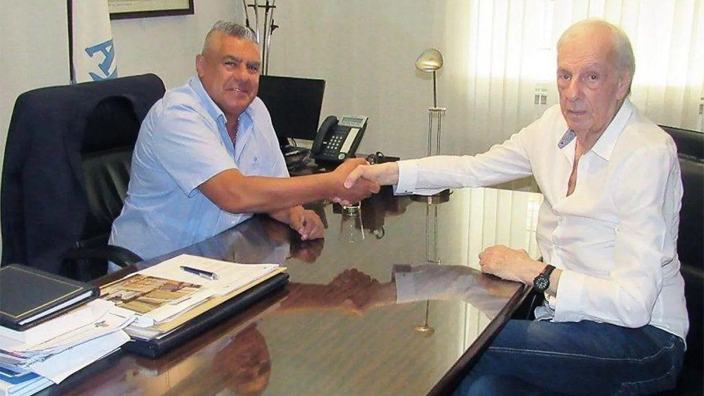 Menotti se reunió con Chiqui Tapia y acordaron que Scaloni continúe durante las Eliminatorias