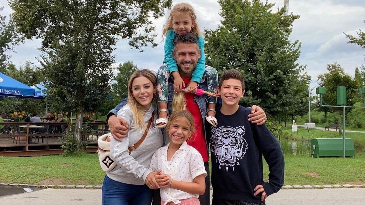 Bastián, el hijo de Eva Anderson y Martín Demichelis se perfila futbolista