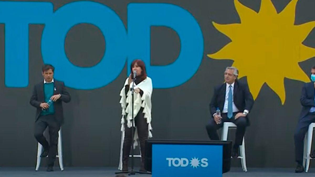 Alberto Fernández y Cristina Fernández de Kirchner se vuelven a mostrar juntos en el acto de Cierre de campaña del Frente de Todos.