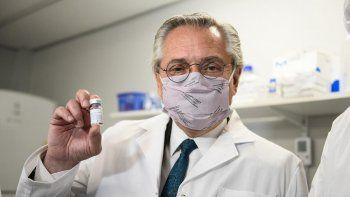 Alberto Fernández salió a defender a los vacunados VIP: Se montó un escenario mediático de escarnio público