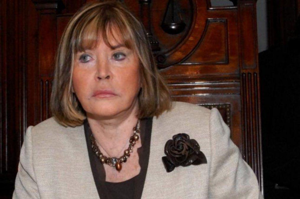 La jueza electoral María Servini de Cubría señaló dificultades menores que afectaron el inicio de la jornada electoral.