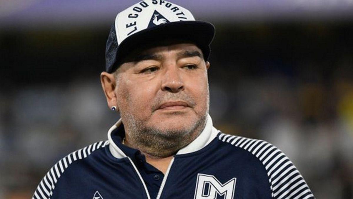 Diego Maradona volvió a las redes sociales