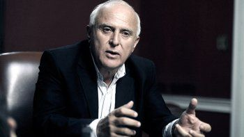 Lifschitz permanece estable y con asistencia respiratoria