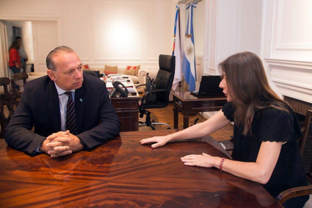 El ministro de Seguridad bonarense en una reunión con su par nacional.