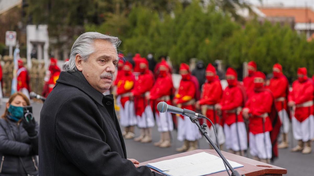 El presidente Alberto Fernández leyó por primera vez un discurso en un acto público