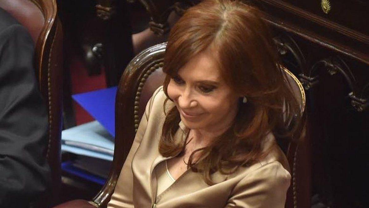 Otra vez Cristina a Comodoro Py: Bonadio la citó a indagatoria junto a más de 100 ex funcionarios y empresarios de la construcción