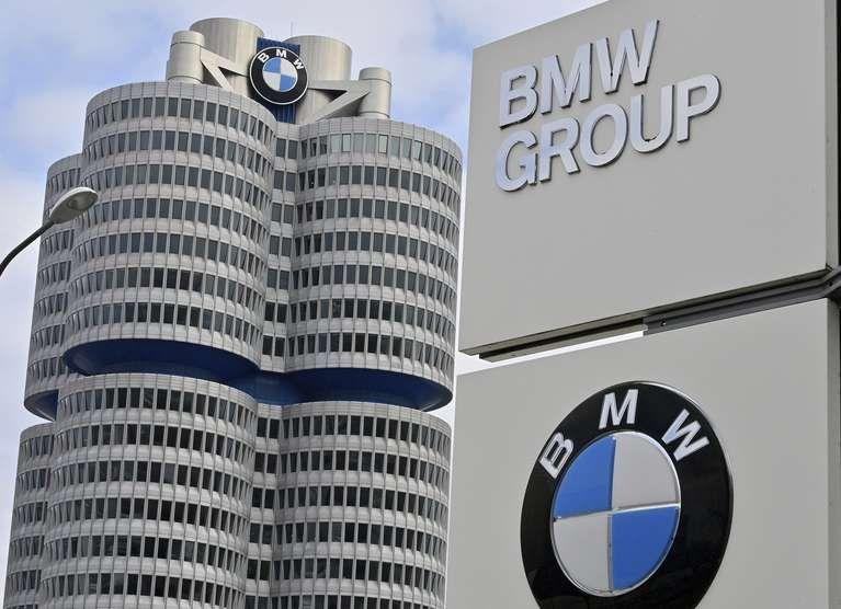 El Grupo Aleman BMW le comprará litio a Livent Argentina por US$ 334 millones para fabricar su quinta generación de baterias porque proyecta que en 2030 la mitad de los autos que se comercialicen serán totalmente eléctrico.