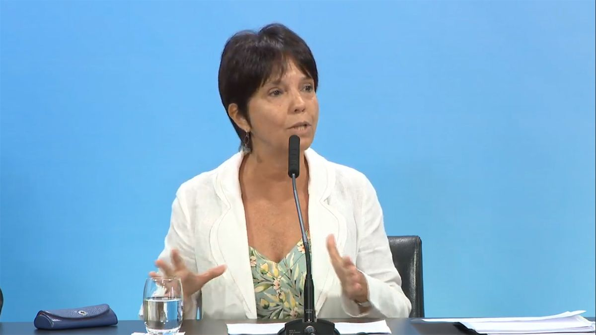 Mercedes Marcó del Pont firmó la resolución que exime el pago de Ganancias a trabajadores en relación de dependencia de la cuarta categoría (Foto: archivo).