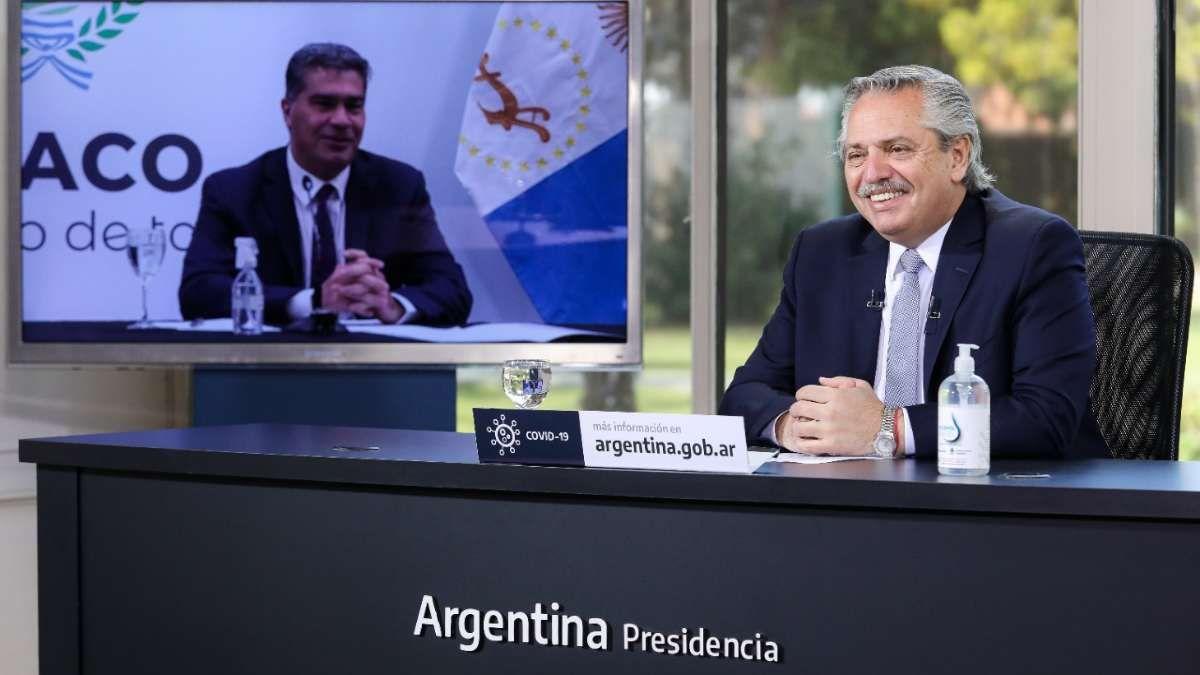 Alberto Fernández junto a Capitanich. (Foto: archivo)
