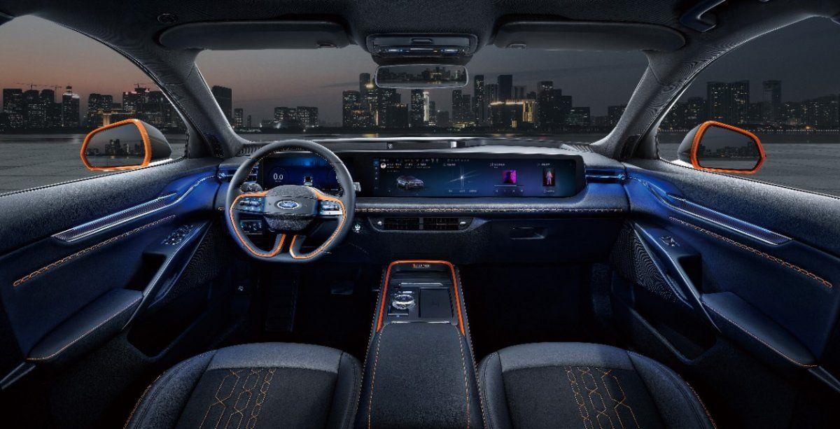 En el interior del nuevo Ford Evos
