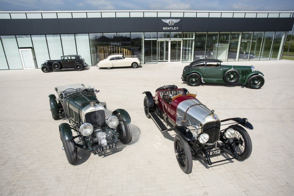 Bentley Motors ha celebrado el coche de lujo número 200.000 fabricado en los ilustres más de 100 años de historia de la empresa. El éxito continuo de los superventas Continental GT Grand Tourer y Bentayga SUV es la clave de este logro histórico. La producción diaria actual