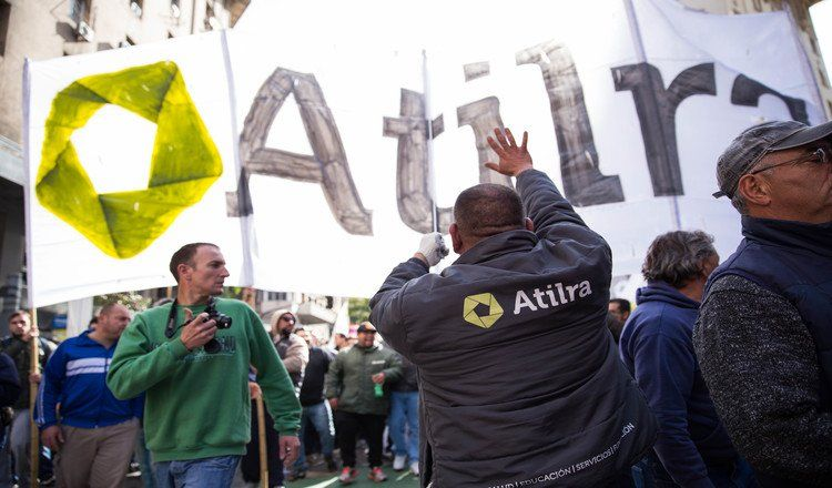 Atilra, liderado por Héctor Ponce, avisó sobre medidas que impactarían en el resto de las empresas lácteas.