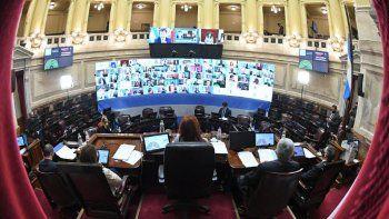 El Congreso prorrogó por 180 días el congelamiento de salarios de legisladores y autoridades