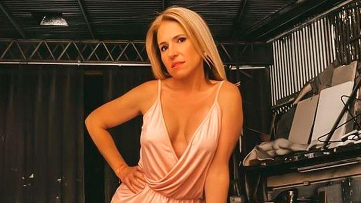 El destape de Fernanda Iglesias: posó en ropa interior