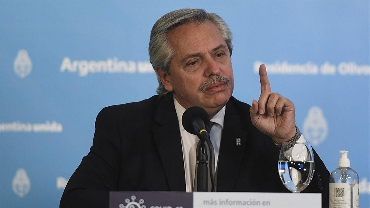 Alberto Fernández, a los Bomberos Voluntarios: Argentina necesita de hombres y mujeres como ustedes