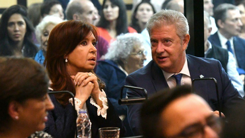Bonadio procesó a Cristina, De Vido, Lázaro Báez, Angelo Calcaterra y a otros 100 empresarios por cartelización de la obra pública