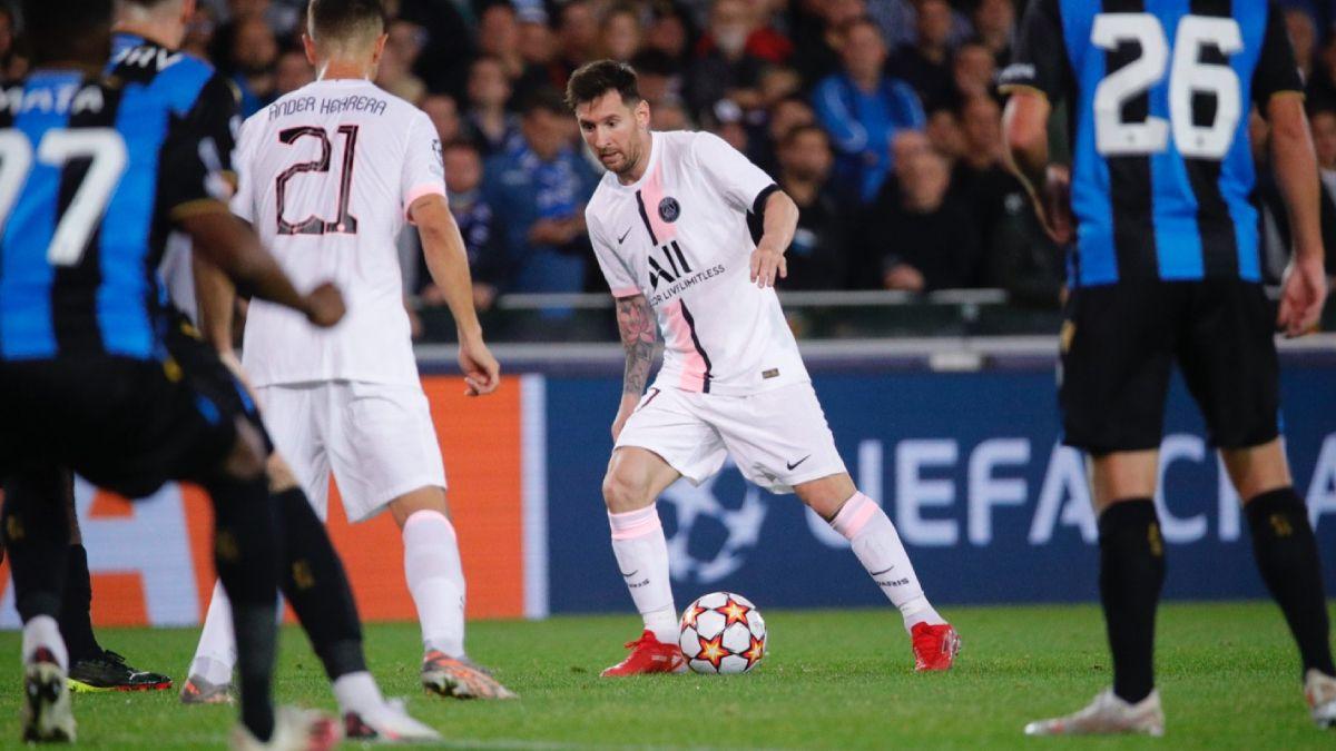 Messi y su debut frente a Brujas.