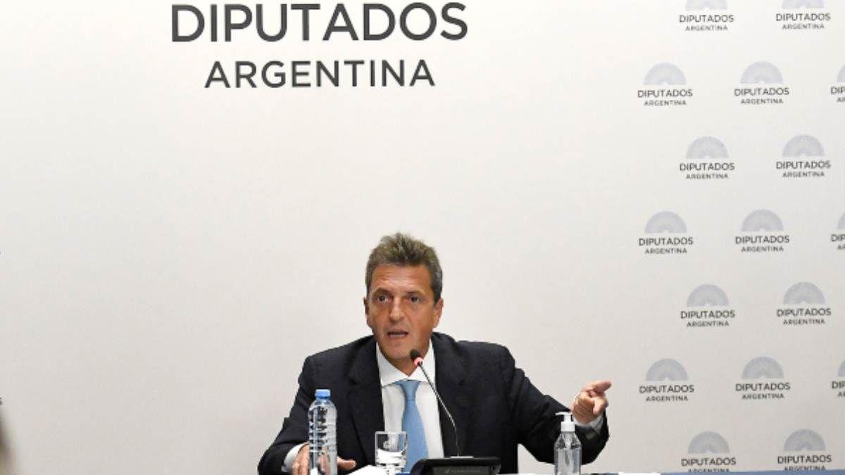 Sergio Massa presentó un proyecto para perdonar la deuda a clubes