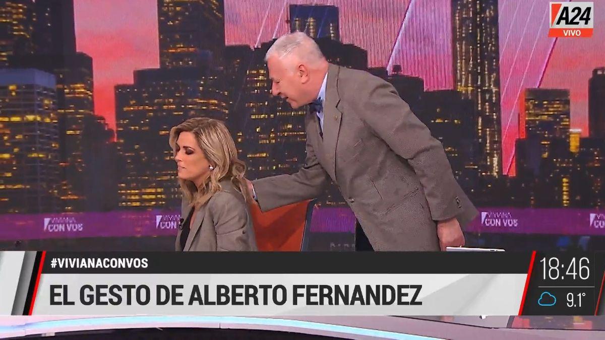 Polémica por el gesto de Alberto Fernández con una asesora que despertó una ola de críticas en las redes.