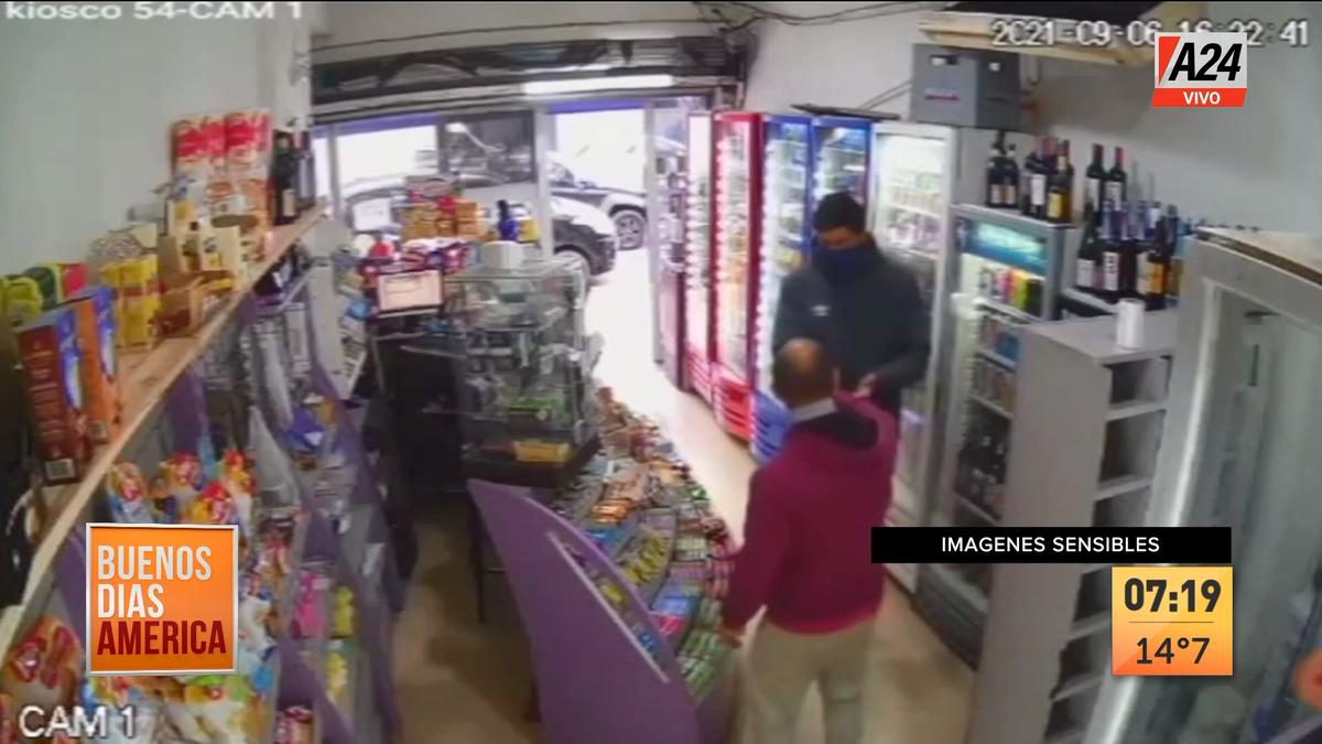 Balean a kiosquero tras robarle en el centro de La Plata. (Captura de Tv)