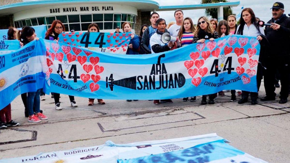 Macri, investigado por espionaje: Manes dijo que debió presentarse y Dalbón pidió llevarlo por la fuerza