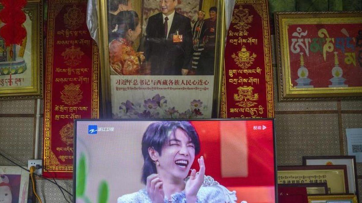 China prohíbe a hombres afeminados en la televisión