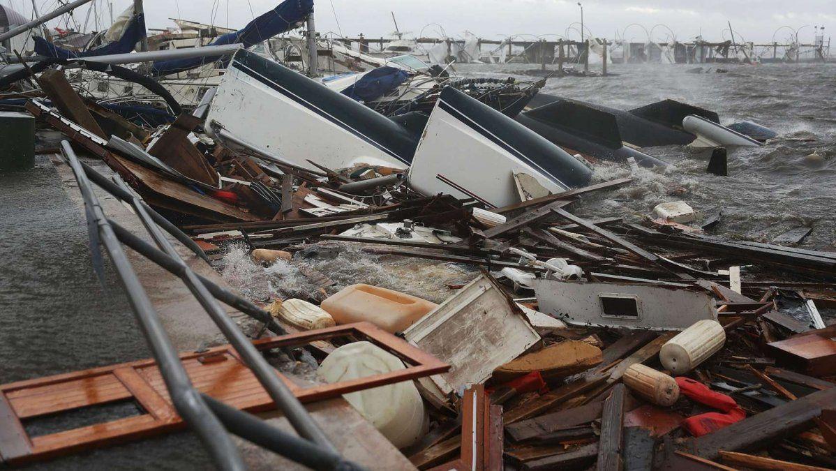 FOTOS y VIDEOS / Los devastadores efectos del huracán Michael en Florida