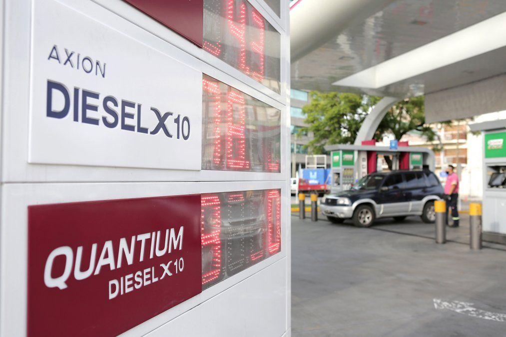 Desde el 1 de abril las estaciones Axion energy de todo el país ya no ofrecerán un diésel que contenga más de 10 partes por millón de azufre.Su Axion Diesel X10 desplazó de los surtidores al diesel común de 500 partes por millón para igualar en tecnología a cualquier otro diésel premium de otras empresas del mercado