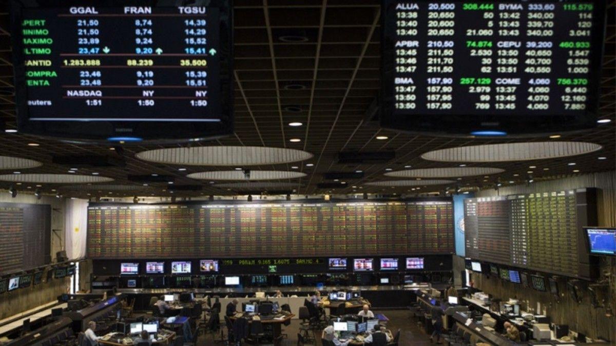 Los mercados reaccionan ante la crisis en el gabinete.