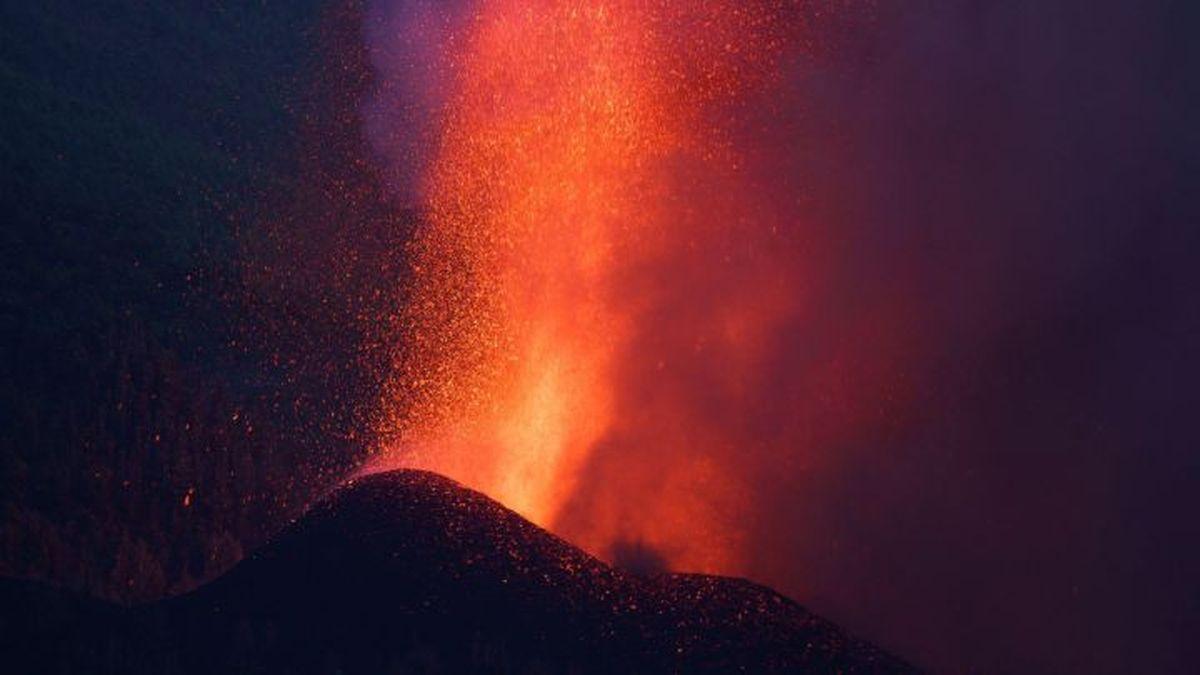 El volcán Cumbre Vieja había estado bajo estrecha vigilancia durante una semana debido a un gran aumento en la actividad sísmica.
