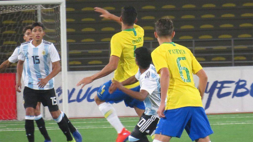 ¡Heroico! Argentina le ganó 3-0 a Brasil y clasificó al hexagonal del Sudamericano Sub-17