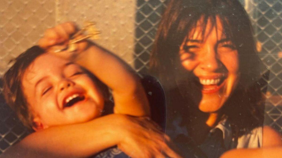 El saludo especial de Elizabeth Vernaci a su hijo