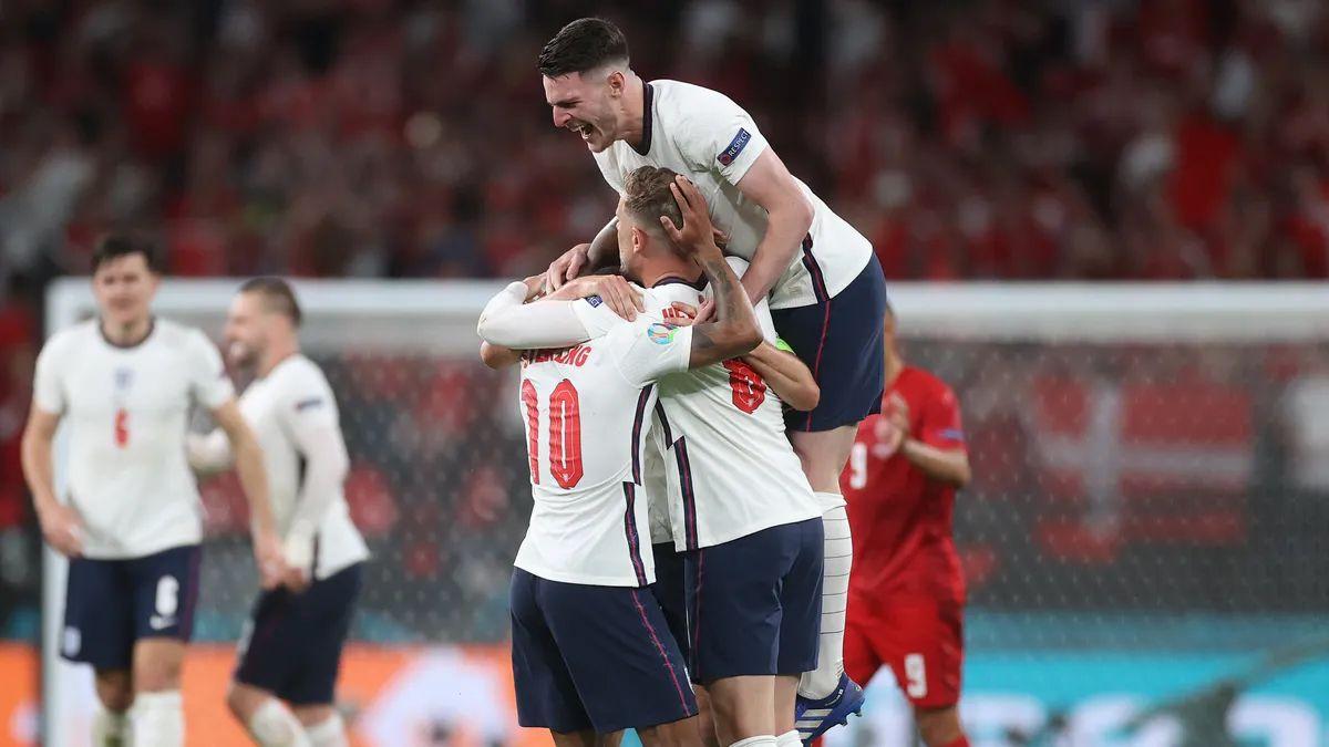 Inglaterra venció a Dinamarca y se convirtió en finalista de la Eurocopa.