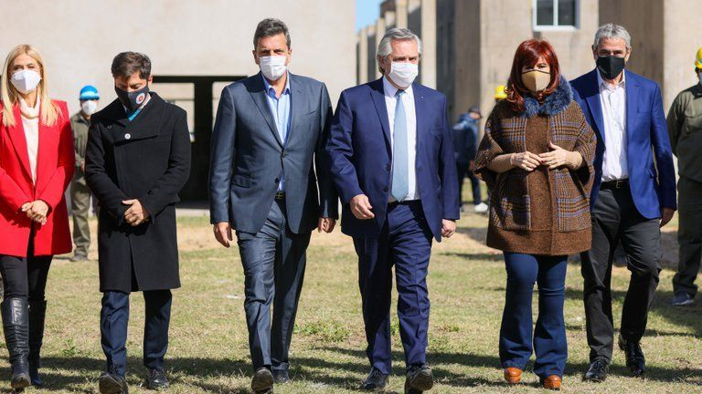 Alberto Fernández y Cristina Kirchner negocian lista de consenso del Frente de Todos en la provincia de Buenos Aires. (Foto: Archivo)