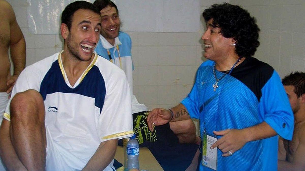 Manu y Diego en el vestuario de Beijing 2008. Respeto y admiración mutua durante muchos años. (Foto: CABB)