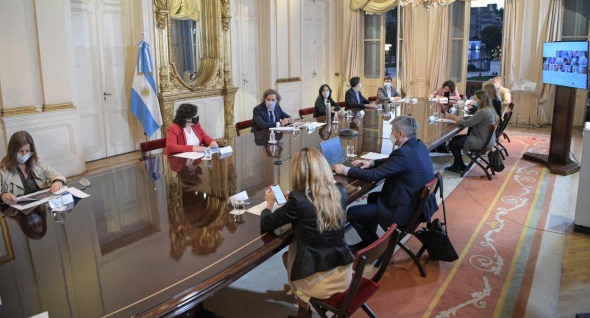 El Gabinete respalda a Alberto Fernández.