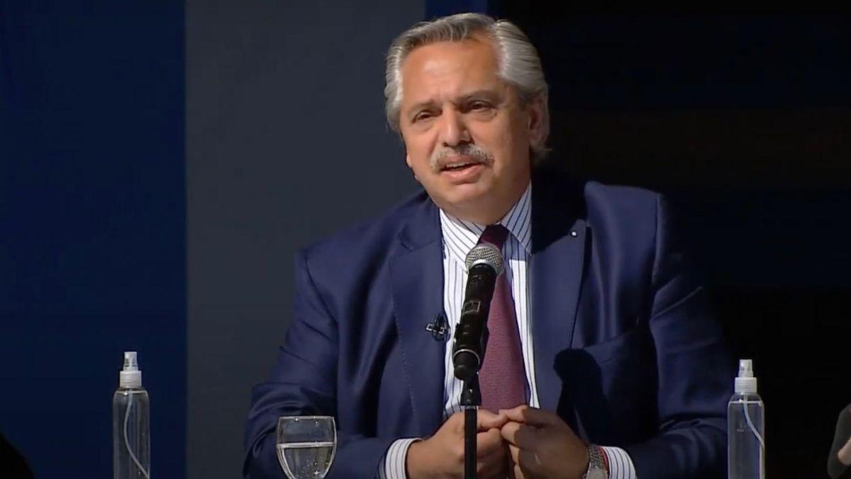 Renuncias en el gobierno. Alberto Fernández